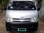 Picture Toyota hiace commuter - 1st owner *