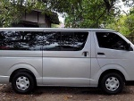 Picture Toyota hiace commuter - 1st owner - accept...