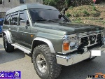 Picture Nissan patrol safari 4x4 automatic, used, 1989,...