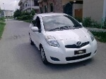 Picture Toyota Vitz 2008 white color for sale in lahore