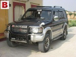 Picture Jeep model 92 Geniune Color And Good mileage —...